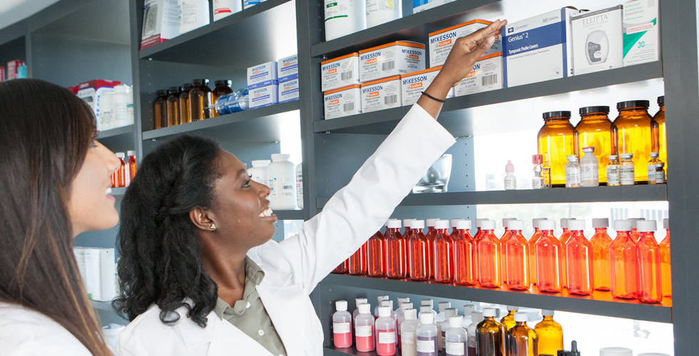 Doctor of Pharmacy (PharmD) - Career Outlook in Pharmacy